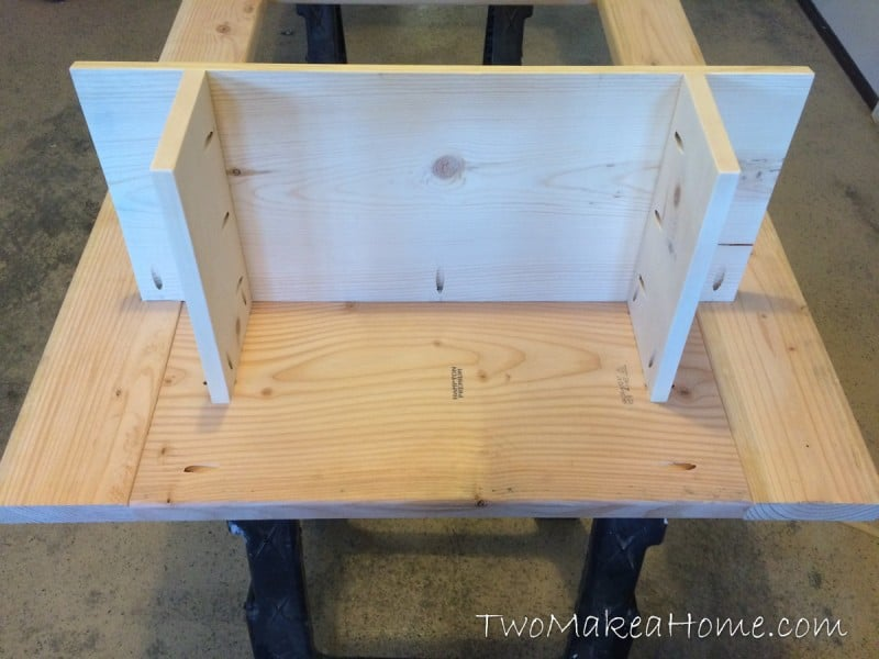 11-how-to-build-a-leaning-door-shelf